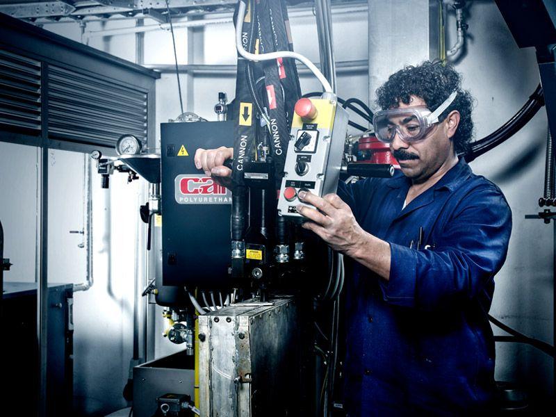 Maquinaria en el Centro Tecnológico de Investigación y Desarrollo